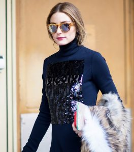 7-celeb-approved-ways-to-wear-your-hair-while-traveling-1665725-1455932536-640x0c
